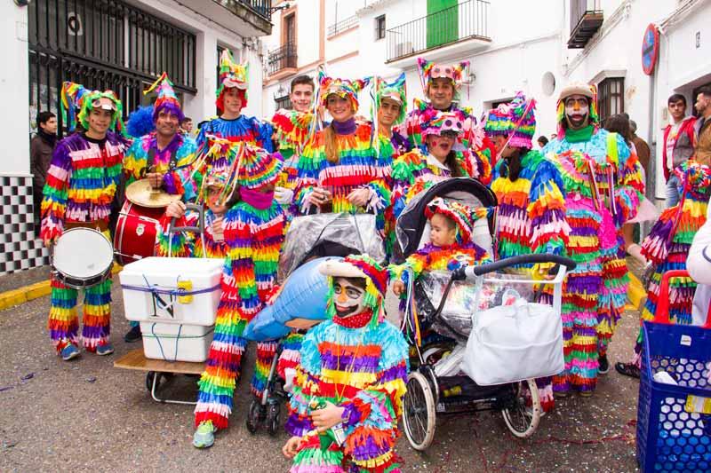 <<<Nos vamos a los carnavales de...>>> - Página 2 Piata